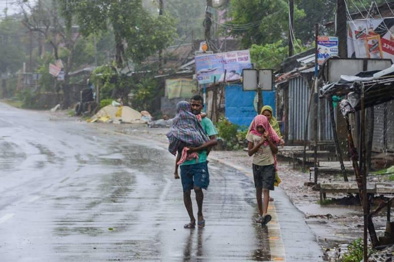 Villager in storm at Kakdwip